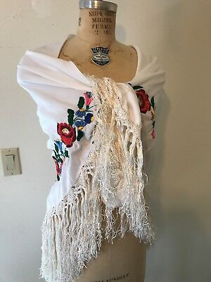 Vintage Hand Embroidered  Hungarian Kalocsa Shawl