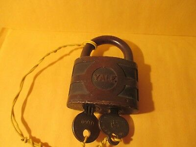 vintage Yale BICENTRIC  padlock w/both keys nice working lock/ large model