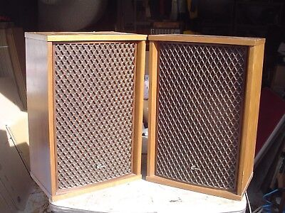 Goregous Vintage Cherry Veneer Sansui SP-2500 Lattice Grille Stereo Speakers