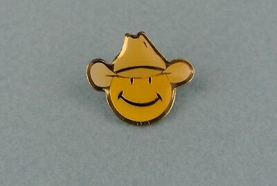 Walmart Store Roll Back Smiley Face Lapel Pin With Western Cowboy Hat 002P
