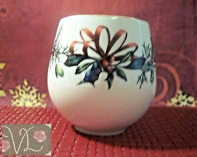 LENOX Say It With Silk Winter Greetings Votive or Tea Light Candle Holder - MINT