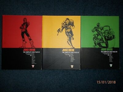 Judge Dredd The complete case files 2000AD volumes 01 to 03