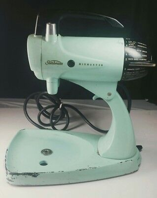 1950's VINTAGE RETRO TURQUOISE/ TEAL GREEN SUNBEAM MIXMASTER RARE COLOR WORKS!