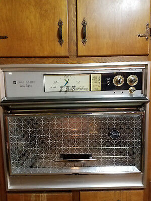 Vintage Frigidaire Custom Imperial RBGB-335 Flair Wall Oven