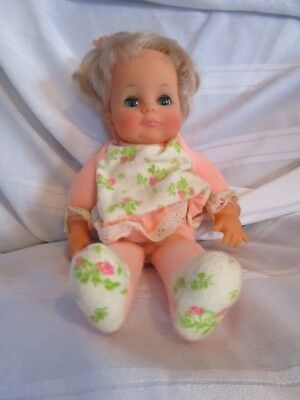 "Vintage 1971 Ideal Toy Co. LAZY DAZY DOLL, Sits Up, 12"", Original Doll clean"