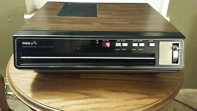 RCA SelectaVision Stereo Video Disc Player SFT 100W