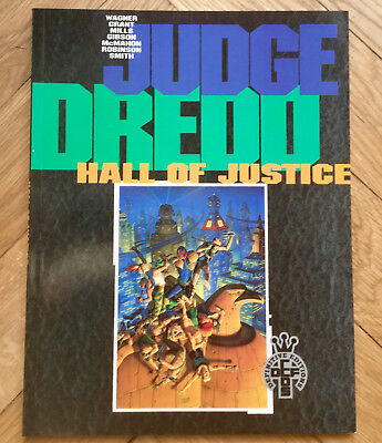 Judge Dredd Hall Of Justice Soft Cover Graphic Novel 1St Edition 1991 Mint