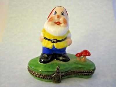 Signed LIMOGES FRANCE Peint Main GARDEN GNOME Hinged Trinket Box