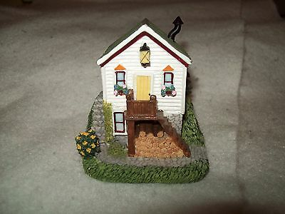 Retired 1999 International Resources Henshaw Mother-In-Law Cottage~HSE46~Cute!!