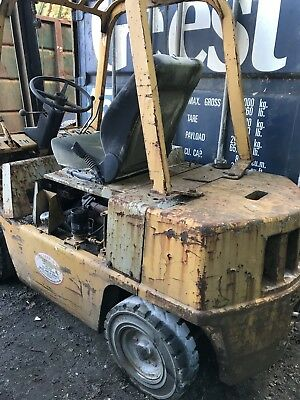 yale diesel forklift truck runs but needs attention