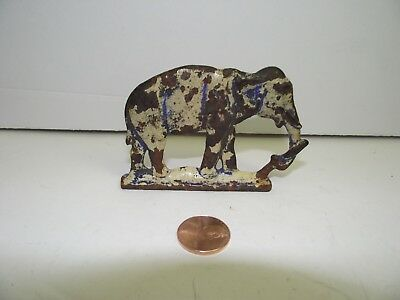 Vintage Elephant Cast Iron Metal Figural Paperweight See No-Reserve