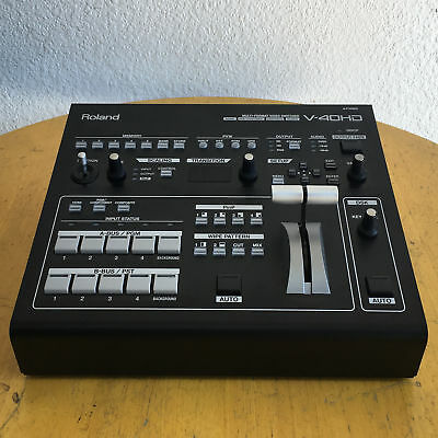 Roland V-40HD High Definition Multi Format Video Switcher Mixer V40 HD GOOD COND