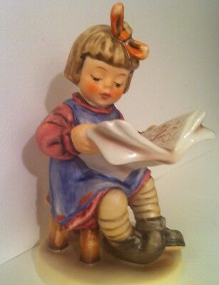NO CRAZING • WHAT'S NEW GIRL READING Hummel MINT Porcelain Figurine TMK6
