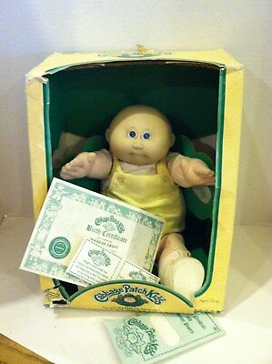 """Coleco Cabbage Patch Doll """"Douglas Grant"""" Vintge  One of a Kind"""