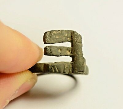 INTERESTING ANCIENT ROMAN BRONZE RING KEY 1st - 3rd Century AD
