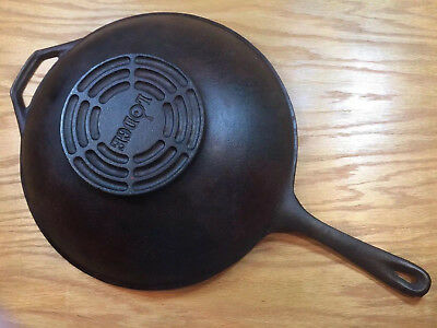 "Vintage Rare Lodge Long Handle 12.5"" Stir Fry Cast Iron Wok 3.5"" deep & seasoned"