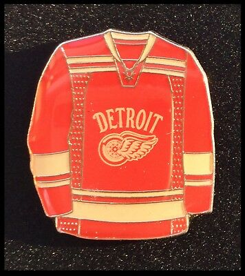 Detroit Red Wings NHL Winter Classic Ice Hockey Jersey Pin Badge