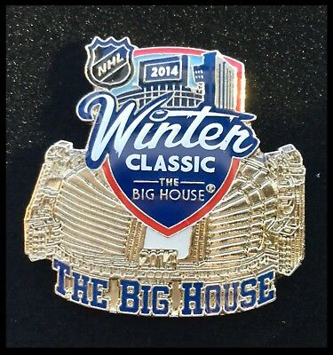 Toronto Maple Leafs Detroit Red Wings NHL Winter Classic Big House Pin Badge