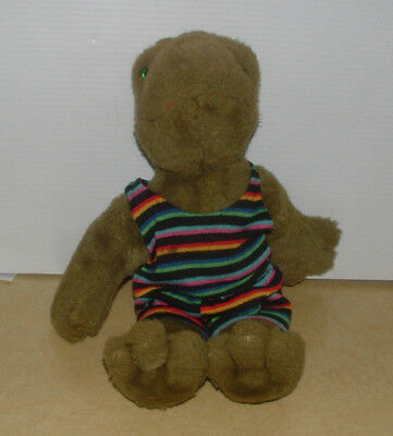 Vintage 1984 Farm Floppies North American Bear Co. Green Frog W/ Shirt & Shorts