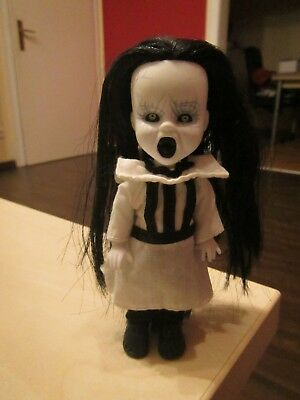 Living dead dolls Minis - Serie 16 - Eleanor