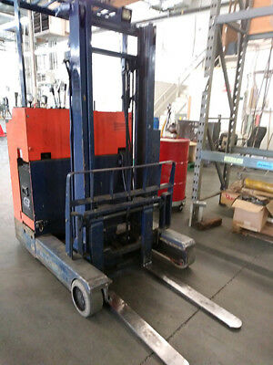 NYK ELECTRIC REACH STAND UP LIFT 2750lb FORKLIFT PALLET STACKER NARROW TRUCK