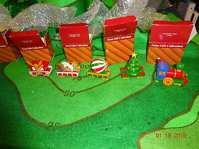 Avon gift collection 5 car Christmas wood Train ornament set