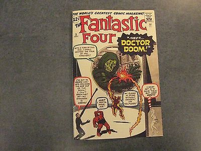 Facsimile reprint covers only to FANTASTIC FOUR #5