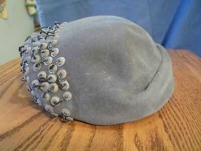 WW2 Vintage 1940's Frederick & Nelson Ladies gray felt  hat with sequins size 22