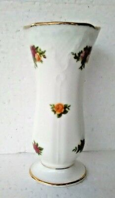 @ NEW! Royal Albert OLD COUNTRY ROSES pattern bone china POSY VASE for flowers @