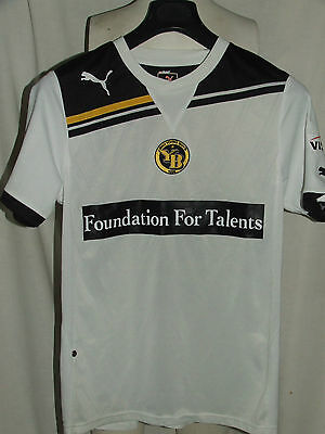 SOCCER JERSEY TRIKOT MAILLOT CAMISETA SPORT YOUNG BOYS n ° 9 size S