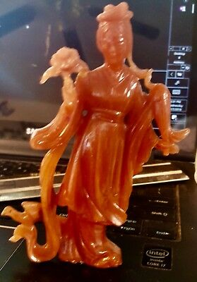 Oriental Woman Figurine With Flowers. 5 inches Tall. Made in Hong Kong.