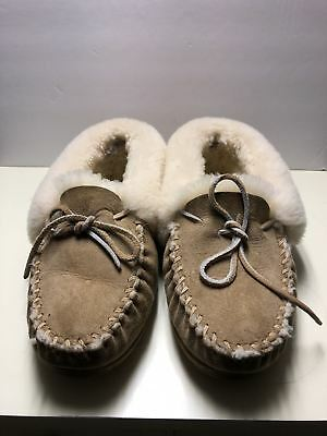 L.L. Bean Wicked Good Moccasins size 9
