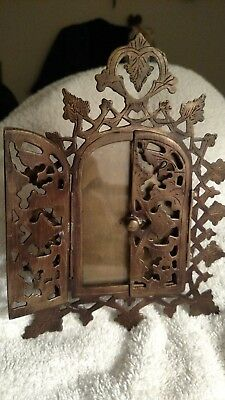 Vtg Antique brass 19th Century FRENCH GILT BRONZE Ornate old Picture Photo Frame