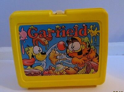 Vintage Thermos Lunchbox Collectable Garfield and Oddie Food Fight Made in USA
