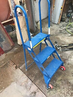 NEW! 3 Step Folding Rolling Ladder Stand - Perforated Tread!!