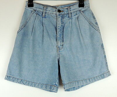 Northern Reflections Vintage 80s 7/8 Light High Waist Mom Jean Pleated Shorts