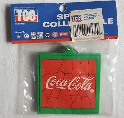 Vintage Coca Cola Key Chain- 1995- NEW in Package- TCC Sports Collectable