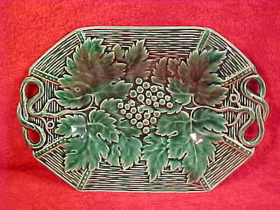Beautiful French Majolica Leaves & Berries Platter, fm376  GIFT QUALITY!!