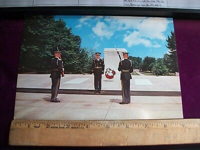 Vintage Tomb of the Unkowns Postcard- Unused- Militaria- 1st Battle Group- 3rd I