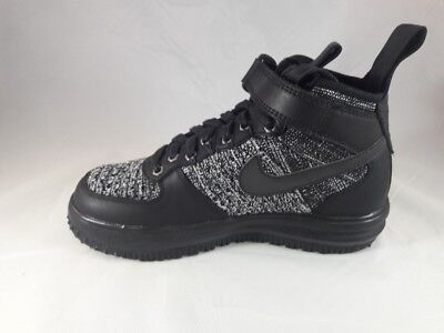 wholesale dealer dbad3 8ddf2 Nike Lunar Force 1 Flyknit Workboot Women s Fashion Shoe 860558 001 Size 5