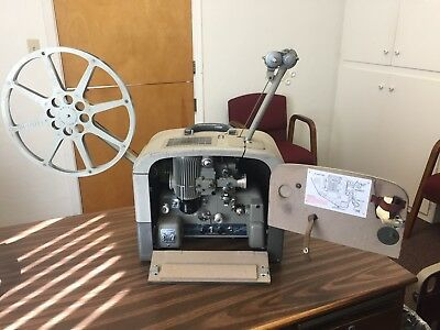 bell and howell 16mm filmosound projector 285 Works! With big Speaker and cords.