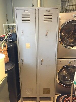 VINTAGE TWO DOOR  INDUSTIAL STEAMPUNK SCHOOL LOCKER HEAVY DUTY LOFT With Keys