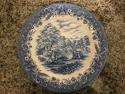 Currier & Ives dinner plate by Churchill England for Heritage Mint Ltd