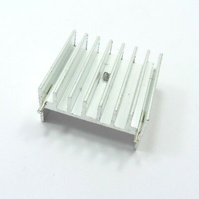 Aluminum IC TO-220 Chip Amplifier Thermal Radiator Heat Sink Cooler 30x32x17mm