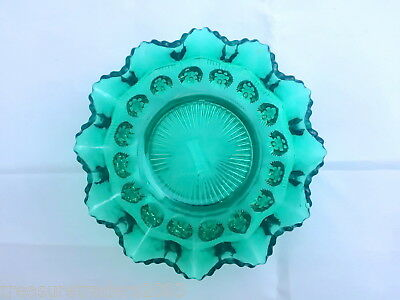 🌟 Vintage Stunning Emerald Green Glass Fluted Lipped Dish England