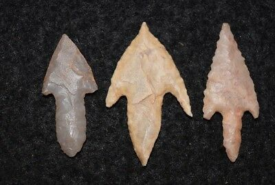 3 nice Sahara Neolithic  stemmed points nice tangs and barbs