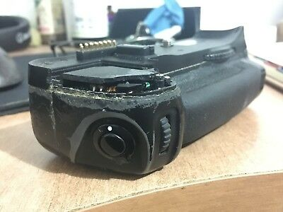 Used Working Genuine Original Nikon Mb-D10 Battery Grip. (For Parts But Works)