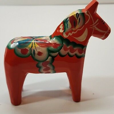 Hand Carved 4 in Red Swedish Dala Horse Folk Art Figurine Nils Olsson signed KR