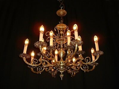 Vintage French bronze chandelier with 8 arms, 16 lights