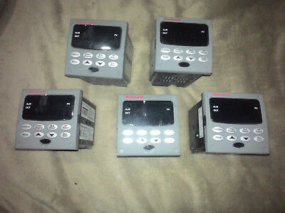 Honeywell UDC2500 Controller  PRICE REDUCED